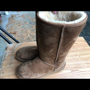 Ugg Classic Tall II Women's Chestnut Boots Size 7